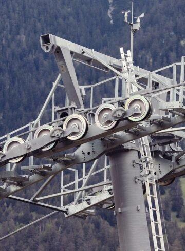 Machen Sie Ferien zuhause, in der Schweiz gibt es unzählige Bergbahnen.