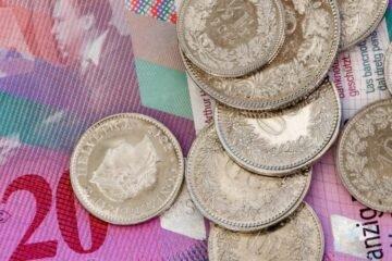 Für Ferienzuhause brauchen Sie nur Schweizer Franken und kein ausländisches Geld. Verluste durch Geldwechsel fallen weg.
