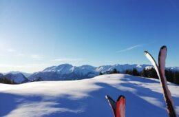 Machen Sie Ferien zuhause, zum Beispiel in den Skigebieten in Graubünden.